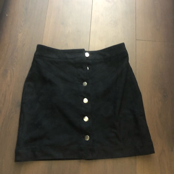 H&M Dresses & Skirts - H&M suede skirt size 8